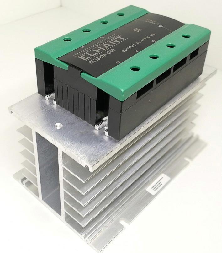 Монтаж реле ESS3-DA-040 на радиатор H3-040